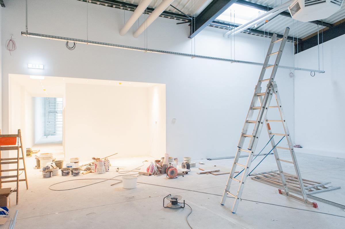 Blick in den frisch gestrichenen großen Trainingsraum