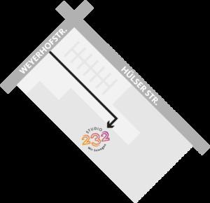 Anfahrtsskizze: Du erreichst uns über die Einfahrt zum Parkplatz von der Weyerhofstr. Gehe geradeaus, ca. 70 m an den Hallen auf der rechten Seite entlang. Dort befindet sich der Eingang zum Studio 232 auf der rechten Seite.