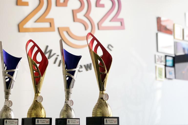Die Pokale: 2 x Europameister und 2 x Vize-Europameister für Studio 232
