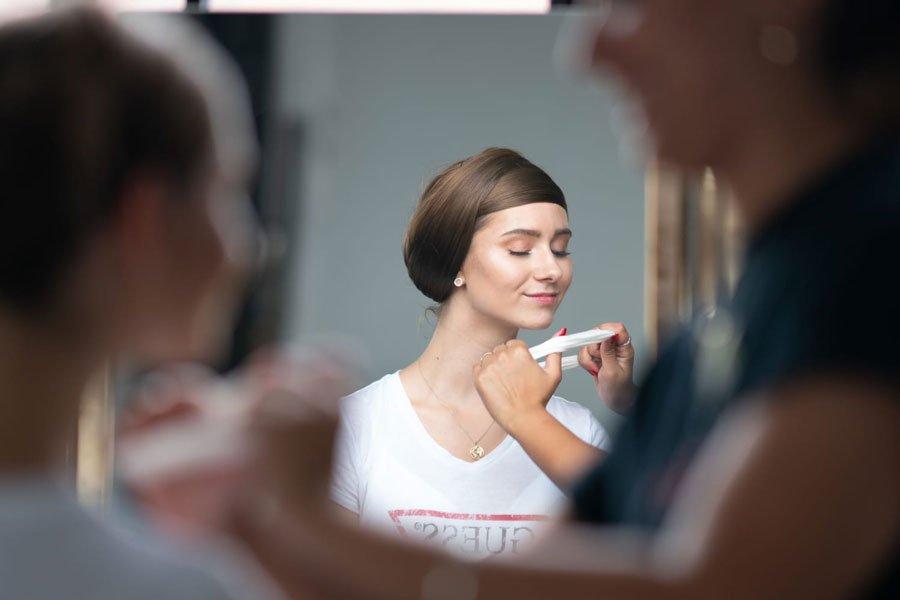 Noemi in der Maske, Musikvideo Dreh von Beyamin Omrani mit Tänzerinnen des Studio 232